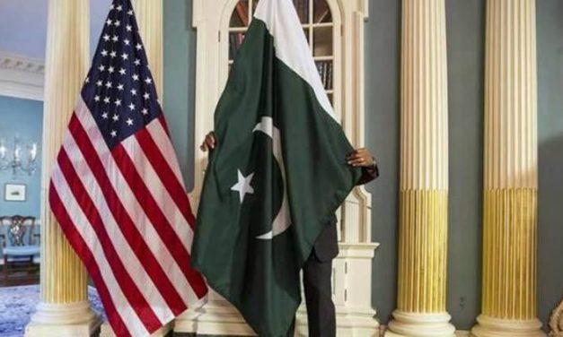 """ستة أسباب لـ """"ضرب"""" باكستان"""