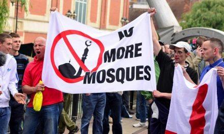 إقفال المساجد في النمسا: مسألة سياسية أم عقائدية؟!