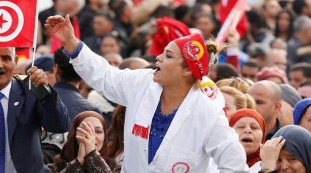 بعد الأزمات الحكومية والمعيشية: تونس إلى أين؟