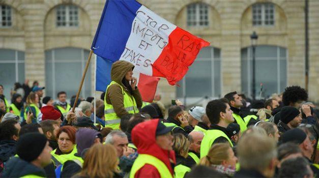 """فرنسا بين إحتجاجات """"السترات الصفراء"""" وحمَّى الحرب الأهلية"""