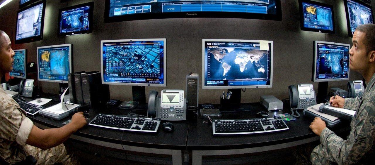 4ffbc74c9 وسائل التواصل الإجتماعي: إستخدامها وتأثيرها في مجالي الأمن والدفاع ...