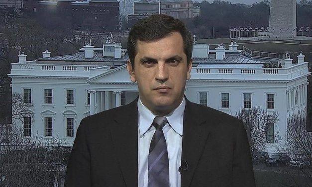 """معكرون: أزمة العلاقات الأمريكية – التركية أبعد من الـ """"إس – 400"""""""