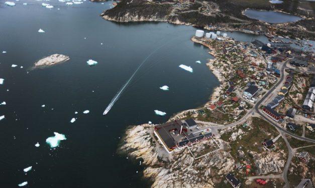 """""""حرب الجُزر"""": سياسة التمدد الرخو"""