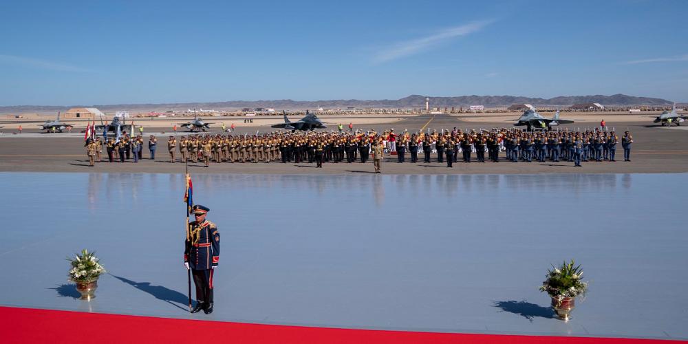 """إفتتاح قاعدة """"برنيس"""": رسائل عسكرية متعددة"""