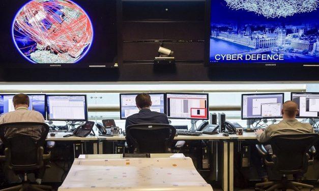 """""""حرب الإتصالات"""": صراع أمريكي – صيني على تقنية الجيل الخامس"""