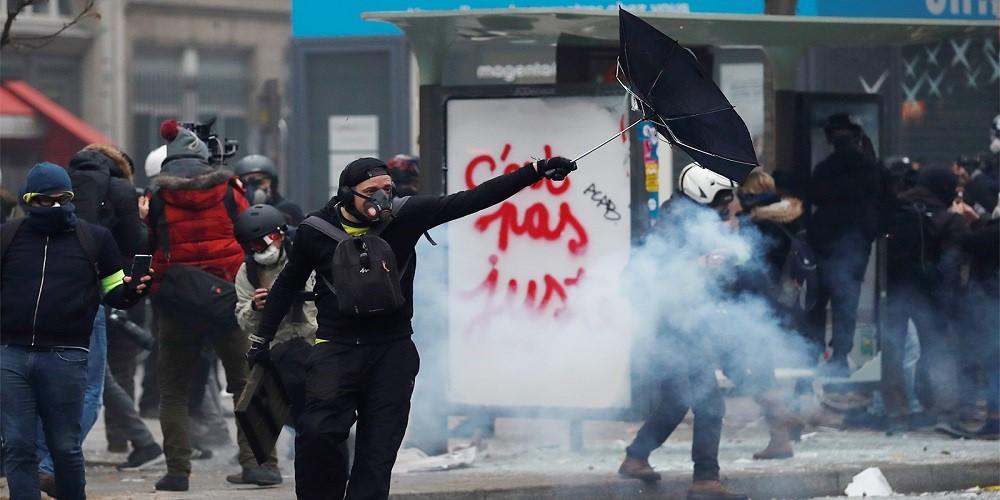"""بعد """"كورونا"""".. هل ستغرق أوروبا في الفوضى؟"""