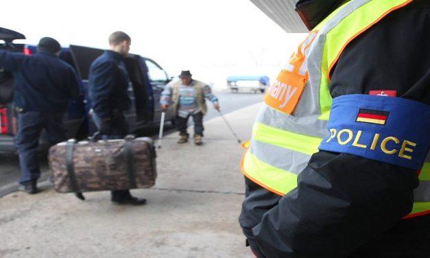 هل بدأ الإتحاد الأوروبي بترحيل اللاجئين السوريين؟