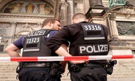 الشرطة الألمانية في عين العاصفة