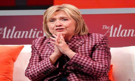 ما فضحته رسائل هيلاري كلينتون السرية