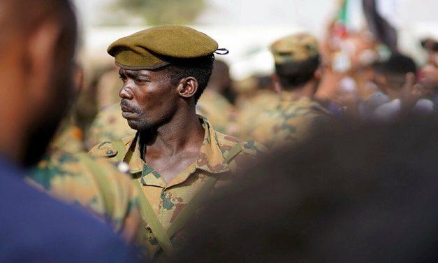إزاحة الجيش عن منظومة الإقتصاد السوداني: مبدأ إصلاحي دونه صعوبات