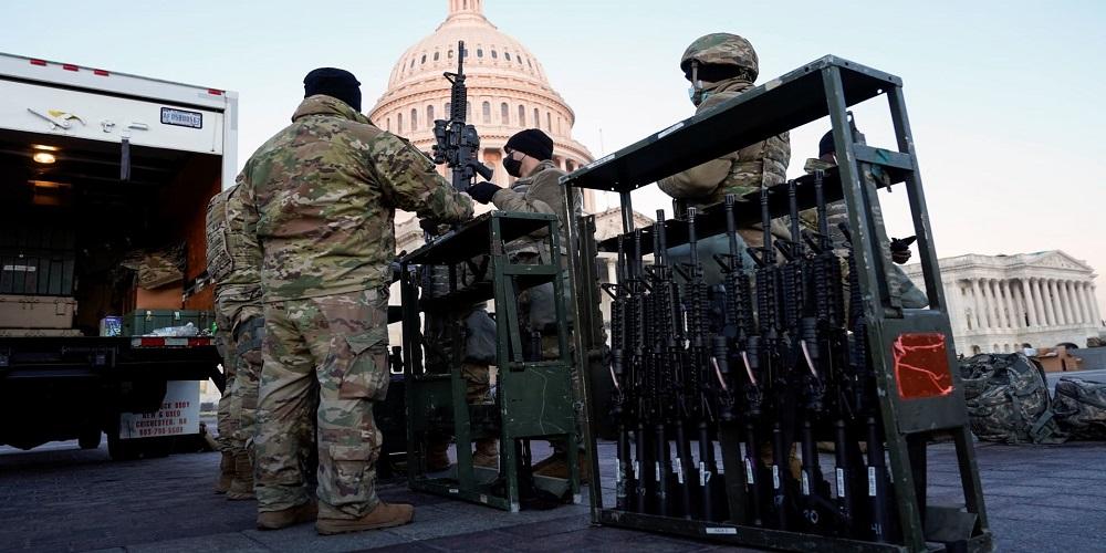 """واشنطن وثنائي """"الخوف والعسكرة"""""""