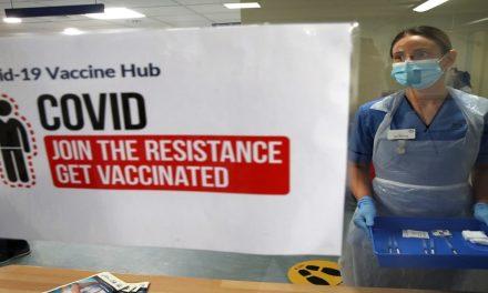 جدلية البقاء بين الوباء واللقاح