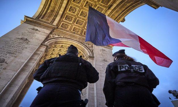 """خيارات التعامل مع تجدد المظاهرات ضد قانون """"الأمن الشامل"""""""