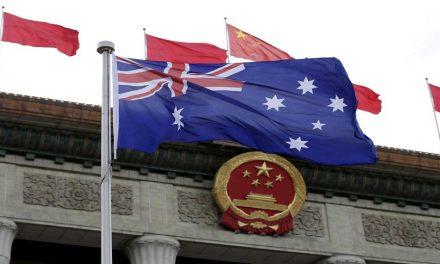 لماذا تتبع أستراليا أمريكا وتتجاهل هويتها الآسيوية؟