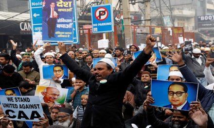 كيف سيتعامل بايدن مع تراجع الديمقراطية في الهند؟*