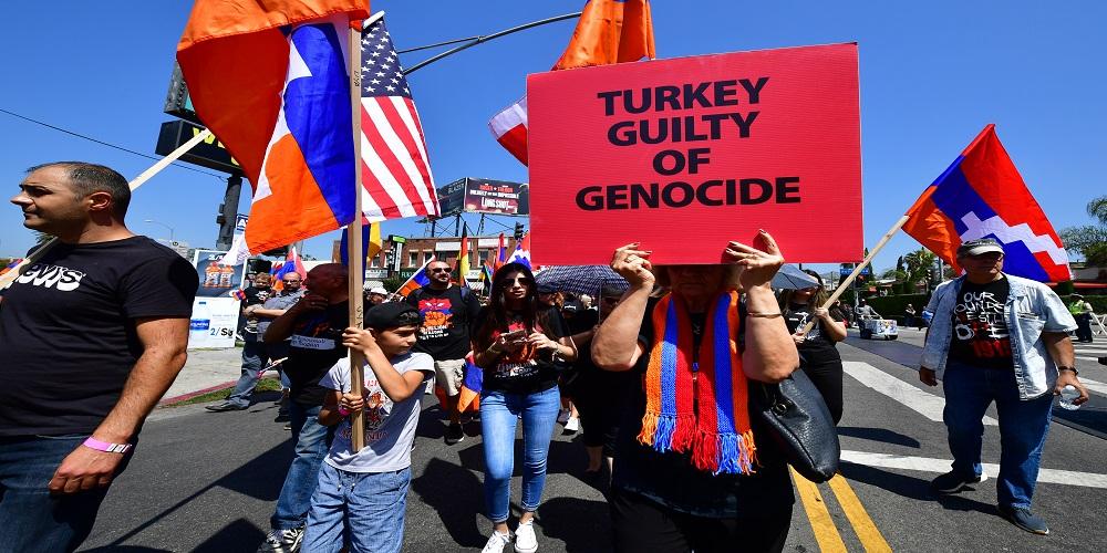 هل يعترف بايدن بمذابح الأرمن؟