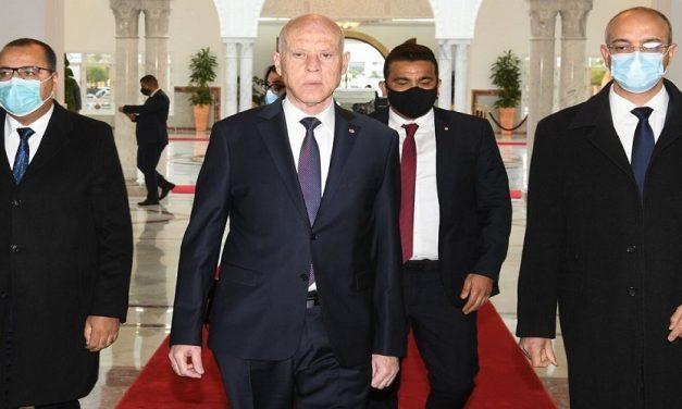 تونس: تداعيات الصراع بين الرئاسات الثلاث