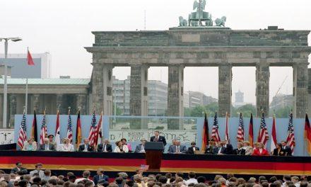الحروب والدبلوماسية والقانون في العلاقات الدولية
