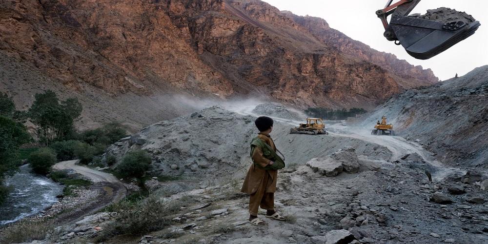 """أفغانستان.. مركز جديد لـ """"حرب الطاقة"""" بين القوى الكبرى"""