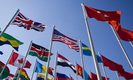 الفكر السياسي والقانون الدولي